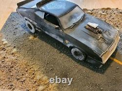 Greenlight 1/18 73 Ford Falcon XB Mad max hand crafted stand and weathering