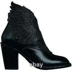 Lucchese Celeste GY7013 Winged Ankle Boot (Black)