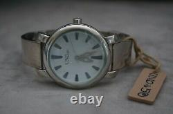 NWT Uno de 50 Countdown Handcrafted Sleek Silver Whte Face Unisex Watch RP$400
